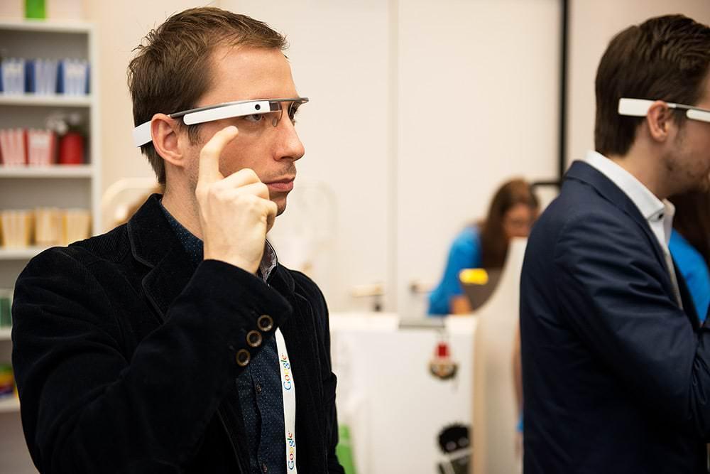 Digital-@-Campus-Mediamarkt-Saturn-Eventfotografie-Veranstaltungsfotos-Max-Hörath-Google-Glas