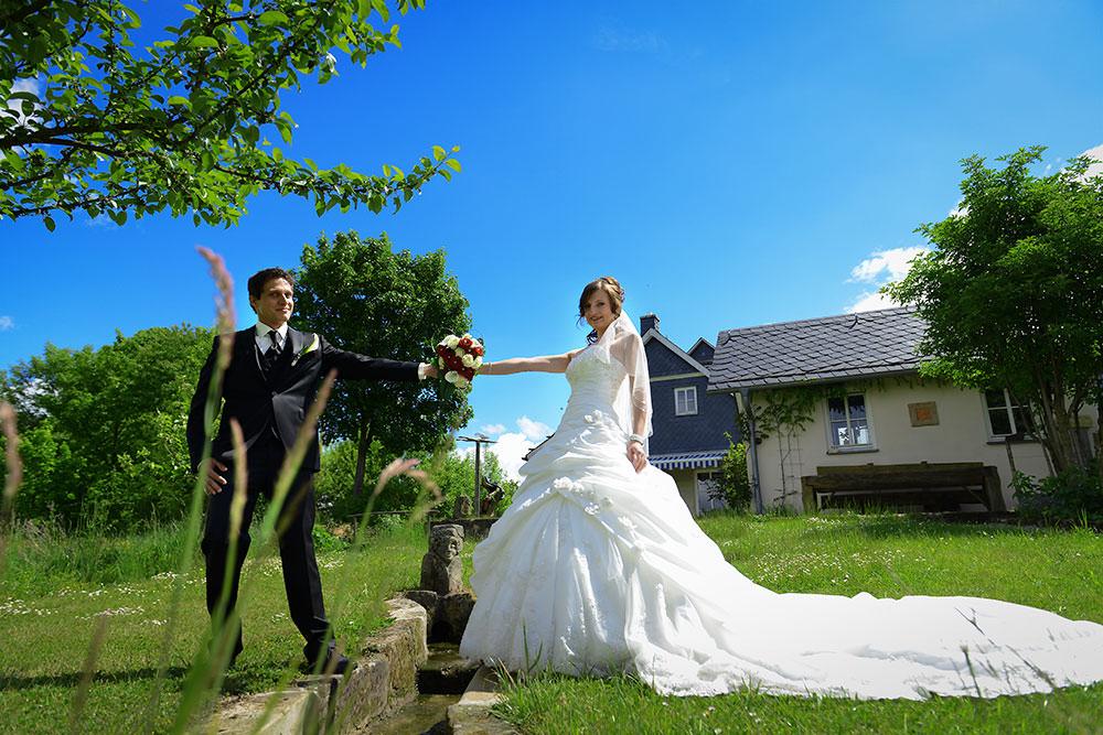 Exklusive-Hochzeitsfotos-Hochzeitsbilder-von-Max-Hoerath-Kulmbach-Bayreuth-Bamberg-Nuernberg-Hochzeitsreportagen-Hamburg-Berlin-Palma
