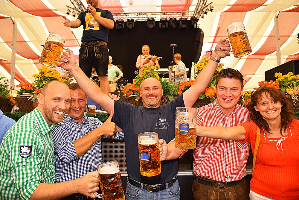 sieger-beim-maßkrugstemmen-Markus-Schleßmann-vom-Kulmbacher-Stammtisch-Benfica-Möchsico