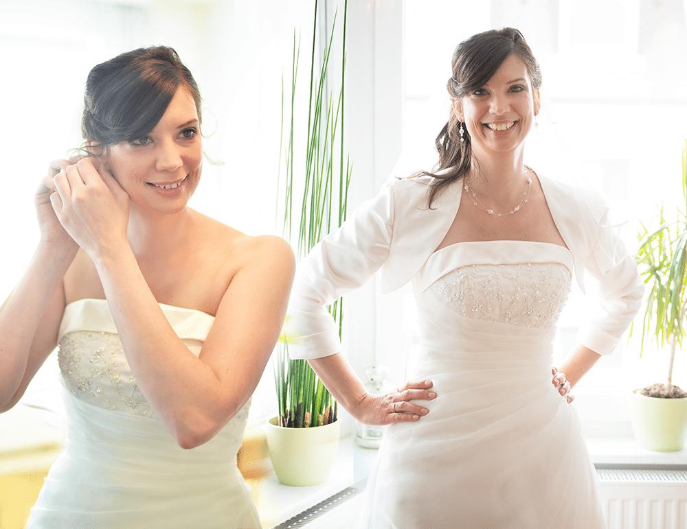 Hochzeitsvorbereitungen-Brautfrisur-Hochzeitsringe-Hochzeitsschuhe-Fotograf-Hochzeitsreportage-Bayreuth-Bamberg-Hof-Weiden-Kulmbach