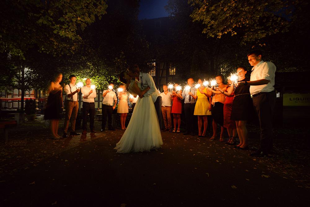 Hochzeitsfotograf-Tübingen-bei-Stuttgart-Exklusive-Hochzeitsreportage-Fotograf-Fotostudio-München-Stuttgart-Köln