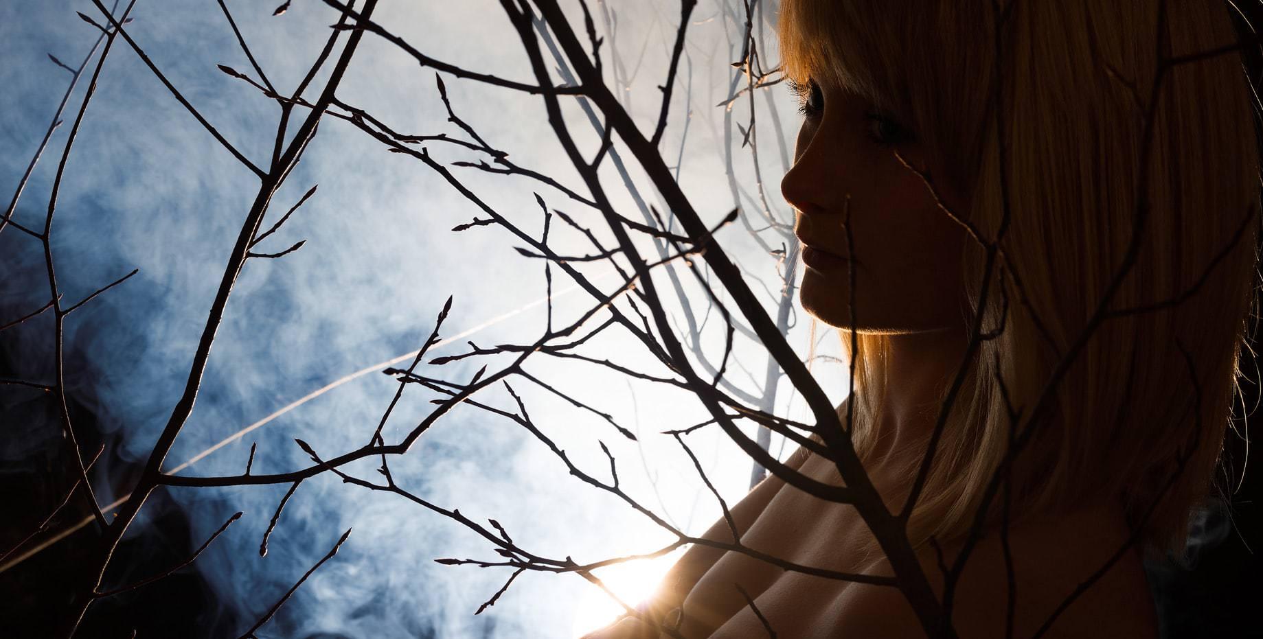 Strauch Brüste Gegenlicht Rauch Fotoshooting Fotograf