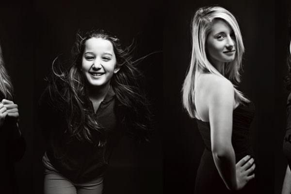 Familienfotos Familienbilder Geschwister Mädchen Fotos Fotostudio