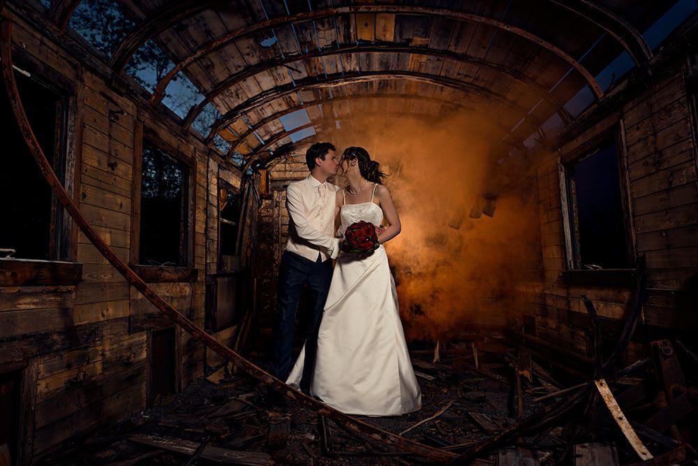 Hochzeitsfotograf-Hochzeitsbilder-Gössweinstein-deutschland-Max-Hoerath-Design-Burggaillenreuth-Hochzeitslocation-Wedding-fotograf-after-trash-the-dress