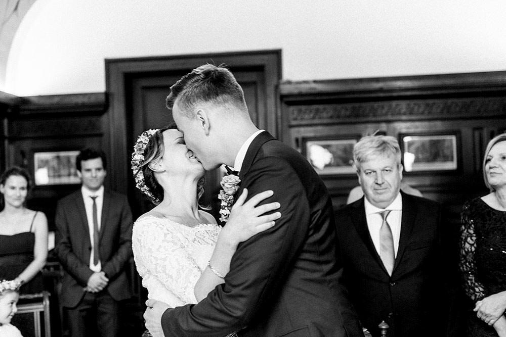 schloss-garvensburg-fritzlar-kassel-standesamt-hochzeit-trauung-fotograf-hochzeitsfotograf-hochzeitsreportage-wedding-fotos-bilder