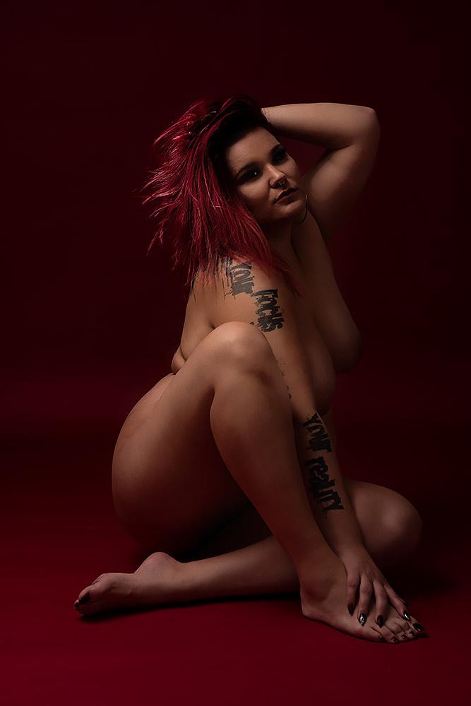 Curvy Model Fotoshooting by Max Hörath