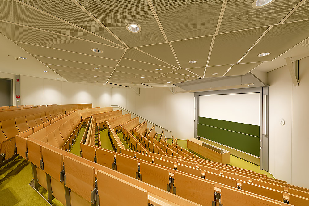 Architekturfotograf an der Universität Bayreuth - Max Hörath Design