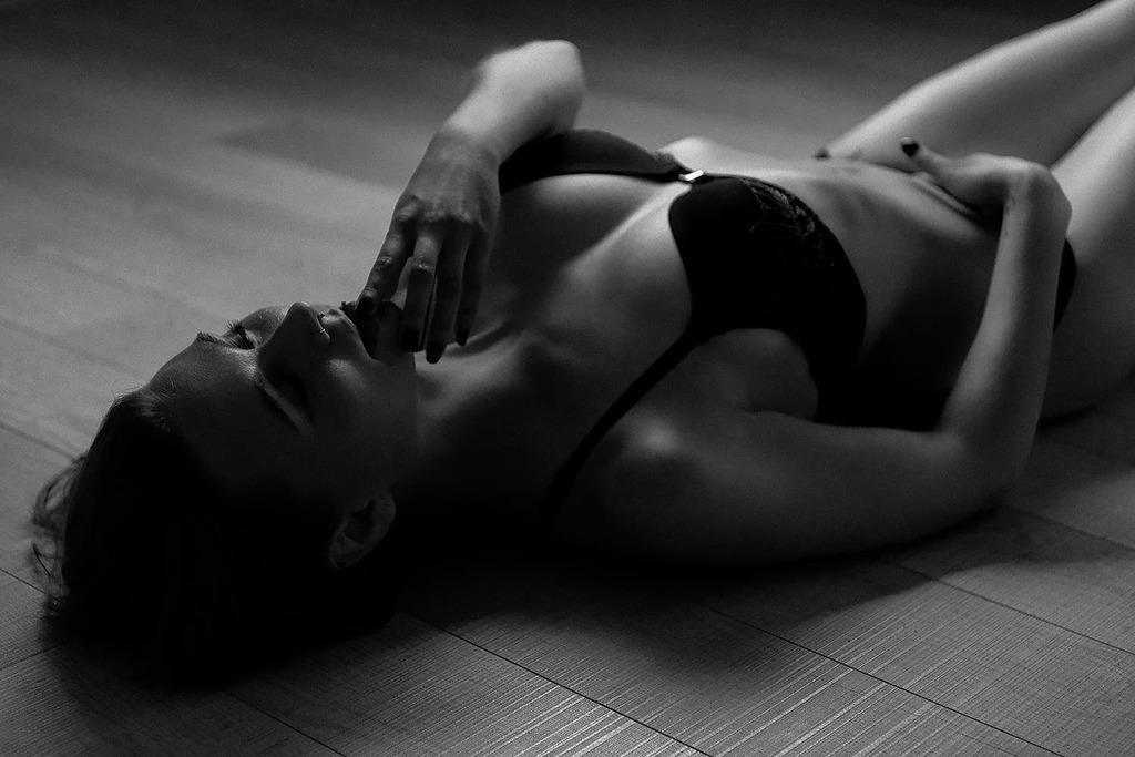 Erotikfotos von Max Hörath Design